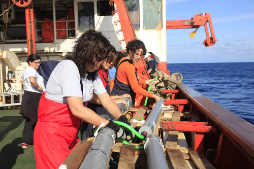 Actividad científica a bordo del Hespérides